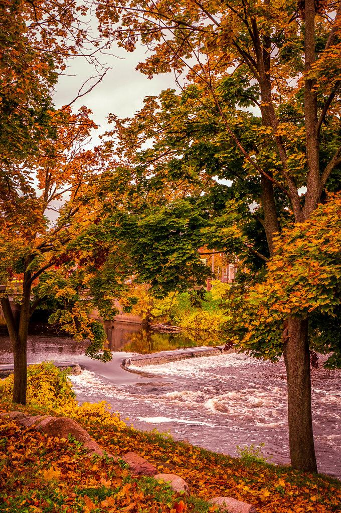 Owosso-Shiawassee-River-Curwood3-10-18-2014.jpg